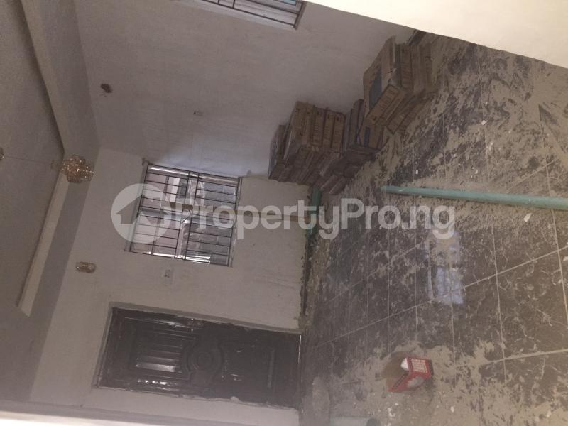 1 bedroom Mini flat for rent Obanikoro Shomolu Lagos - 2