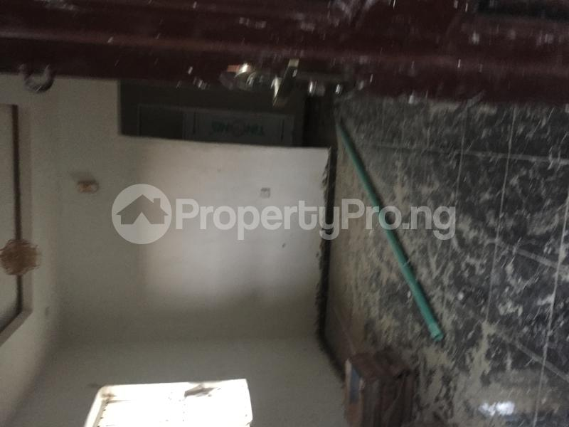 1 bedroom Mini flat for rent Obanikoro Shomolu Lagos - 5