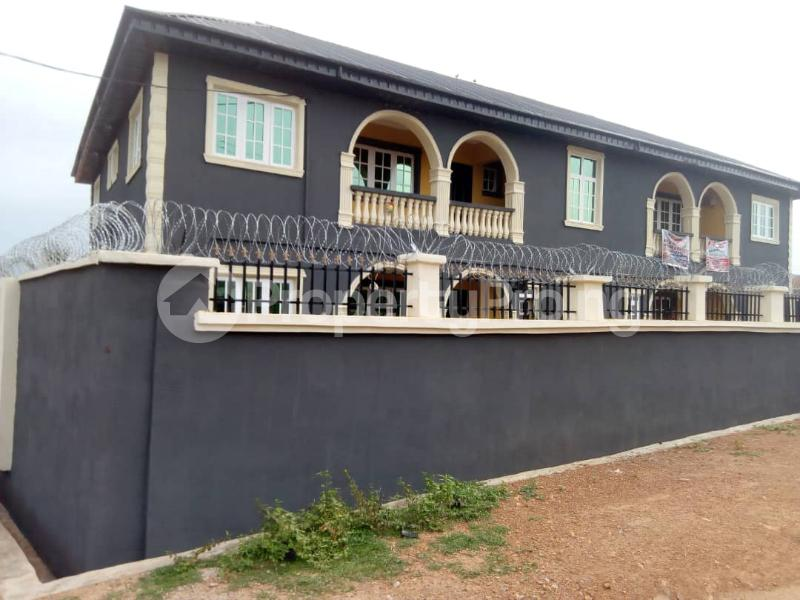 3 bedroom Flat / Apartment for rent Elewuro,Akobo ojurin Akobo Ibadan Oyo - 1
