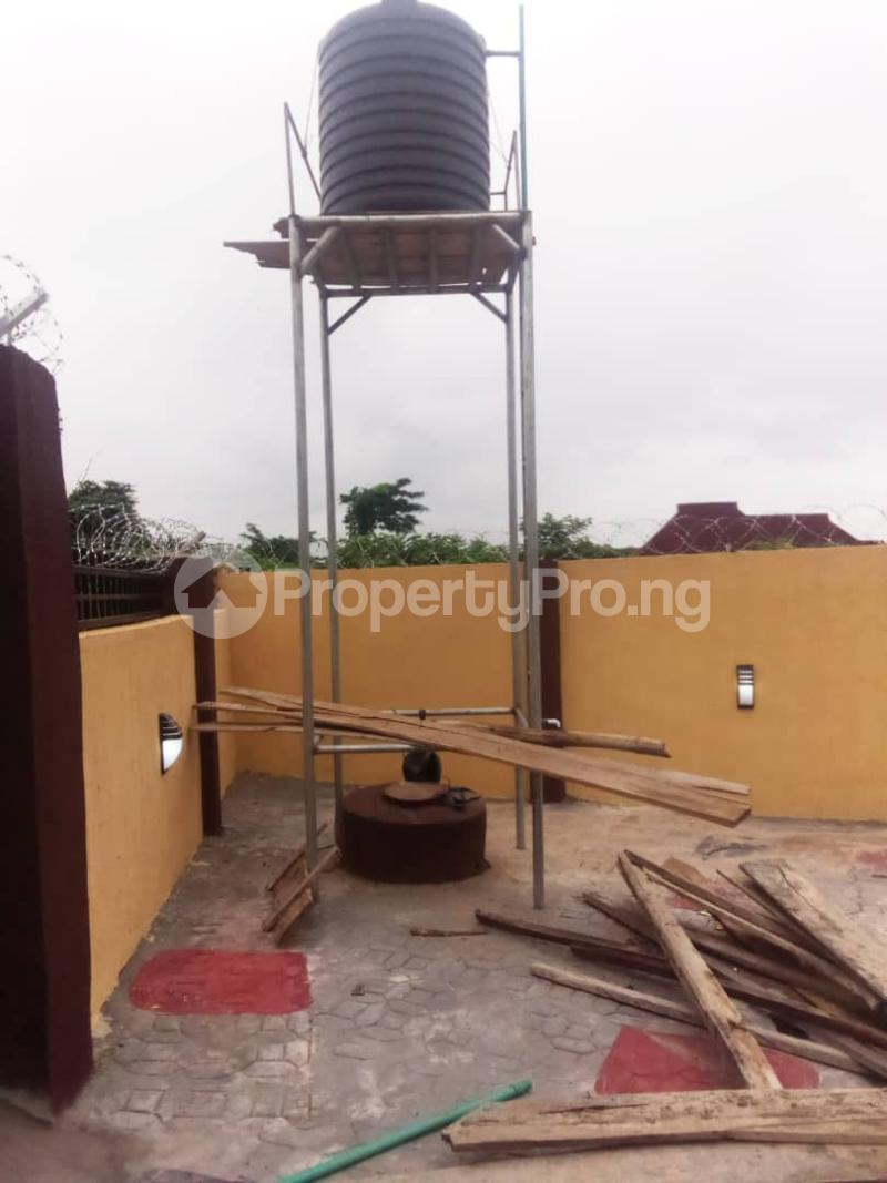 4 bedroom Detached Bungalow for rent Idi Riki Off Liberty Academy Akala Express Ibadan Oyo - 3