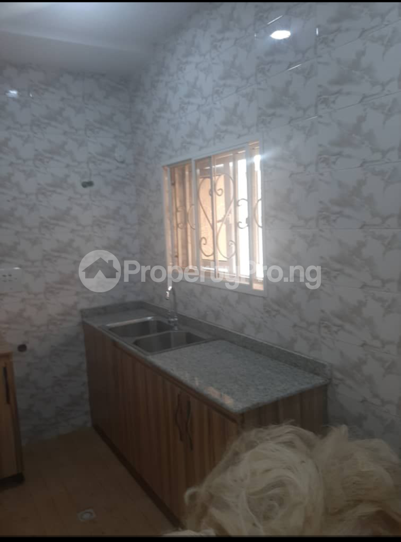 10 bedroom Flat / Apartment for rent Jahi Abuja - 2