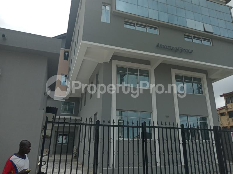 4 bedroom Office Space Commercial Property for rent Bornu way off Herbert macculley Alagomeji Yaba Lagos - 1