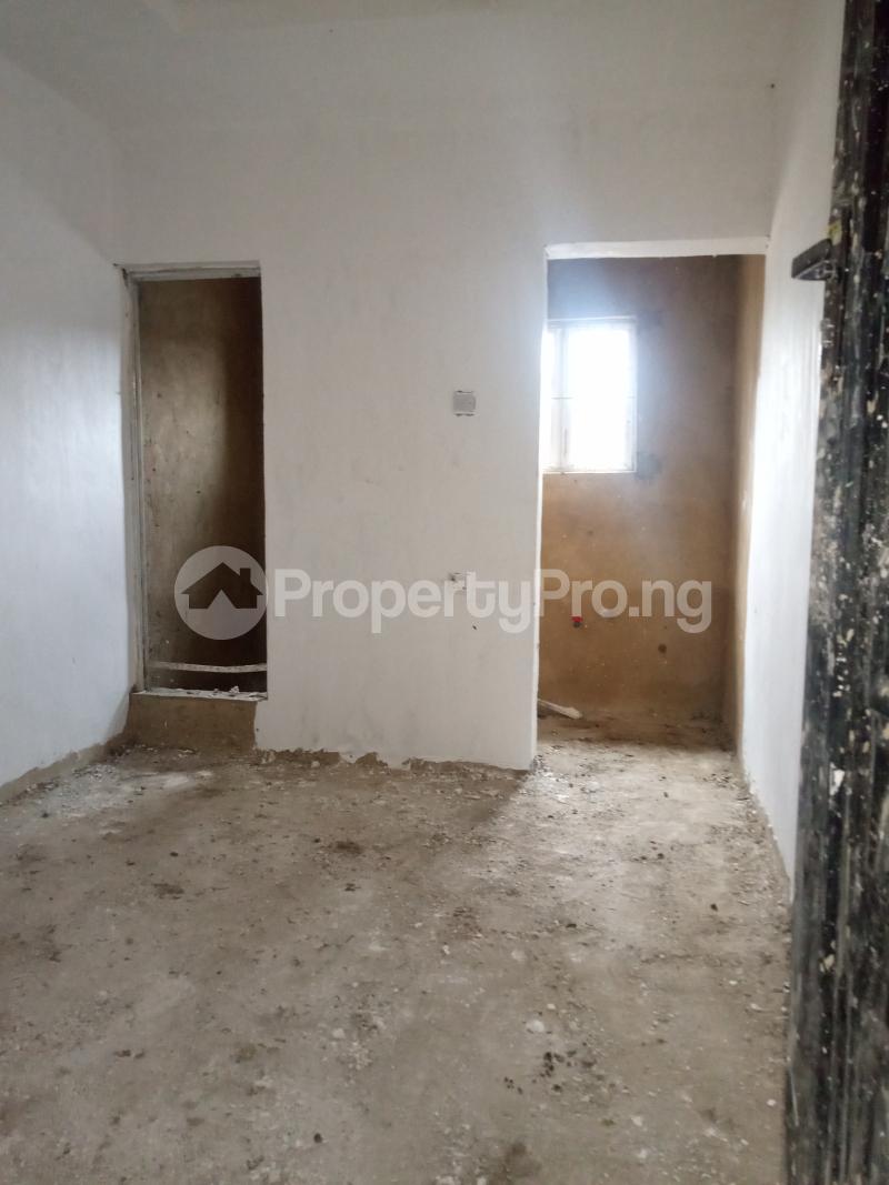 1 bedroom Self Contain for rent Onike Onike Yaba Lagos - 1
