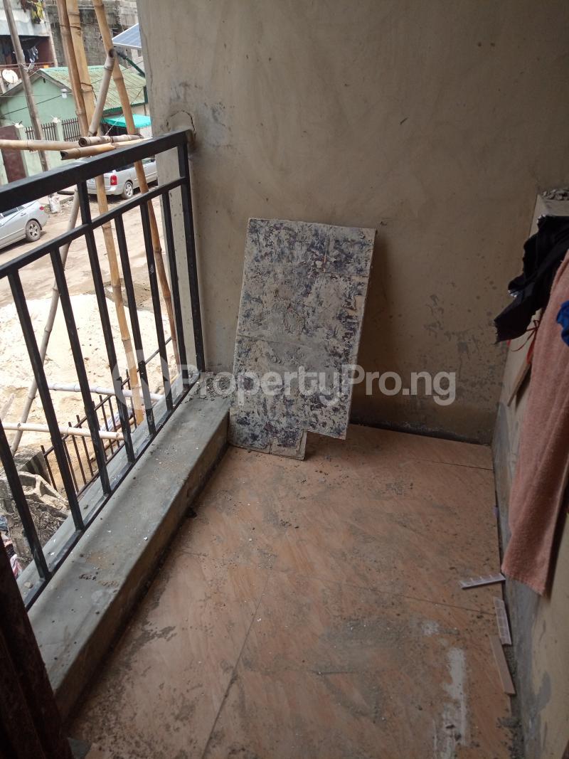 1 bedroom Self Contain for rent Adekunle Ebute Metta Yaba Lagos - 1