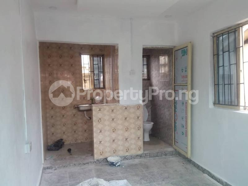 1 bedroom Self Contain for rent Oworonshoki Gbagada Lagos - 4