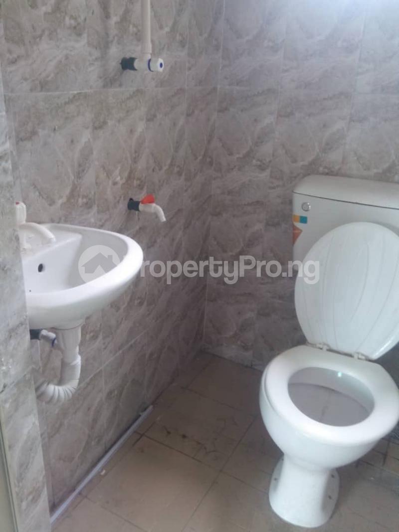 1 bedroom Self Contain for rent Oworonshoki Gbagada Lagos - 2