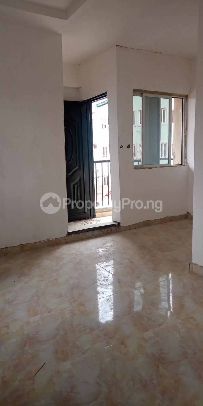 1 bedroom Self Contain for rent Adekunle Ebute Metta Yaba Lagos - 0