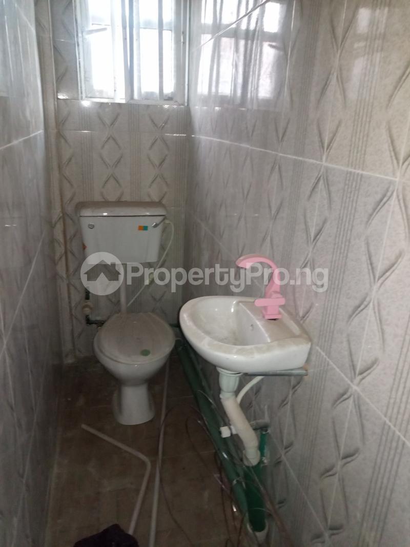 1 bedroom Self Contain for rent Adekunle Ebute Metta Yaba Lagos - 2