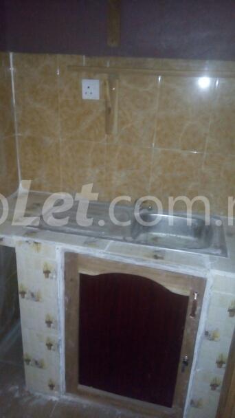 1 bedroom mini flat  Studio Apartment Flat / Apartment for rent ojokondo street Ibadan polytechnic/ University of Ibadan Ibadan Oyo - 1
