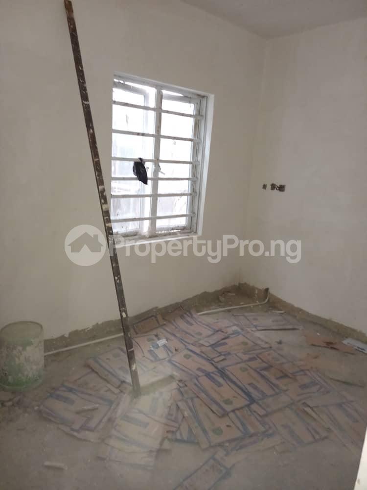 Self Contain for rent Pedro Obanikoro Shomolu Lagos - 2