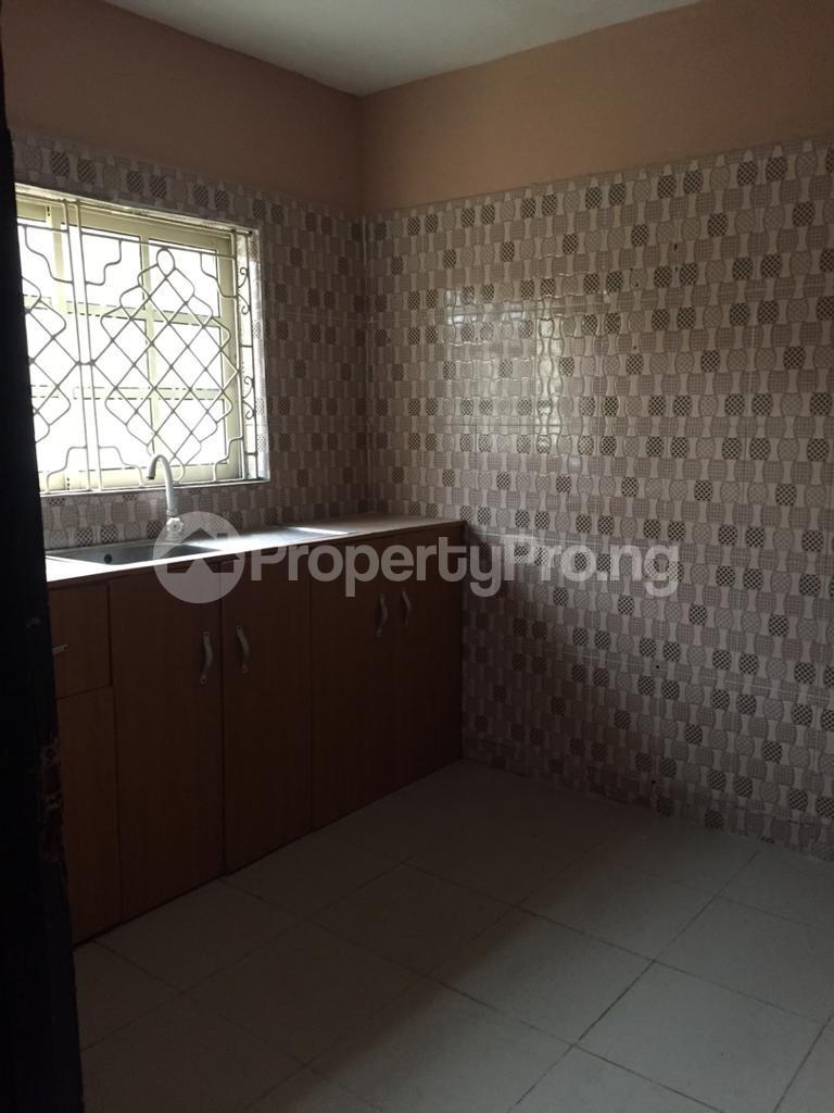 Self Contain for rent Pedro Obanikoro Shomolu Lagos - 0