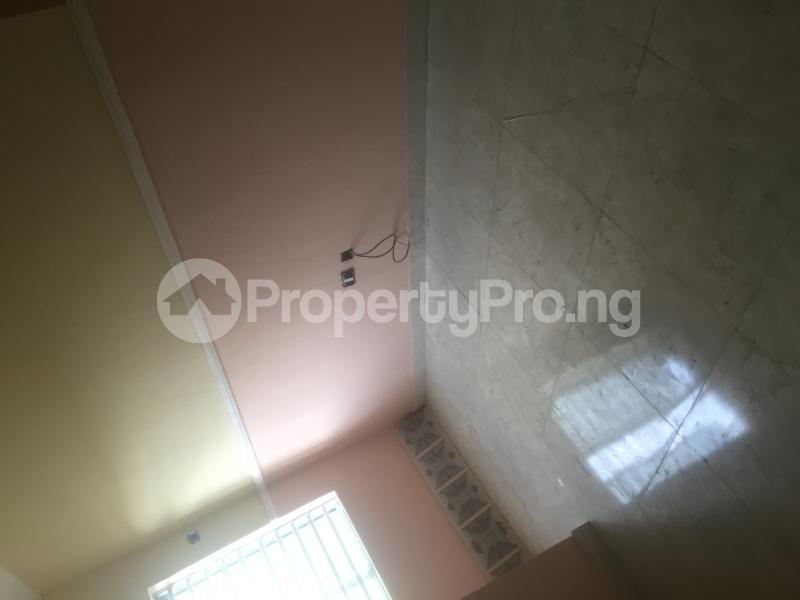 1 bedroom Self Contain for rent Pedro Obanikoro Shomolu Lagos - 1