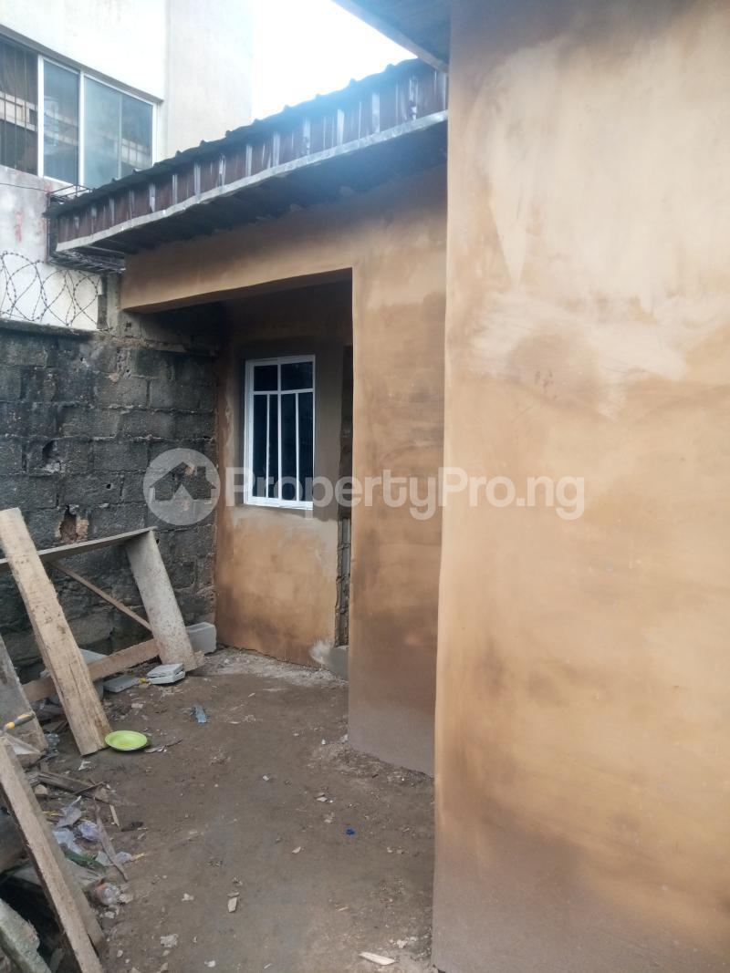 Self Contain Flat / Apartment for rent Ik dairo st Lawanson Surulere Lagos - 5