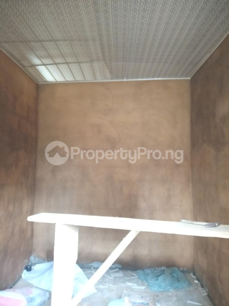 Self Contain Flat / Apartment for rent Ik dairo st Lawanson Surulere Lagos - 2