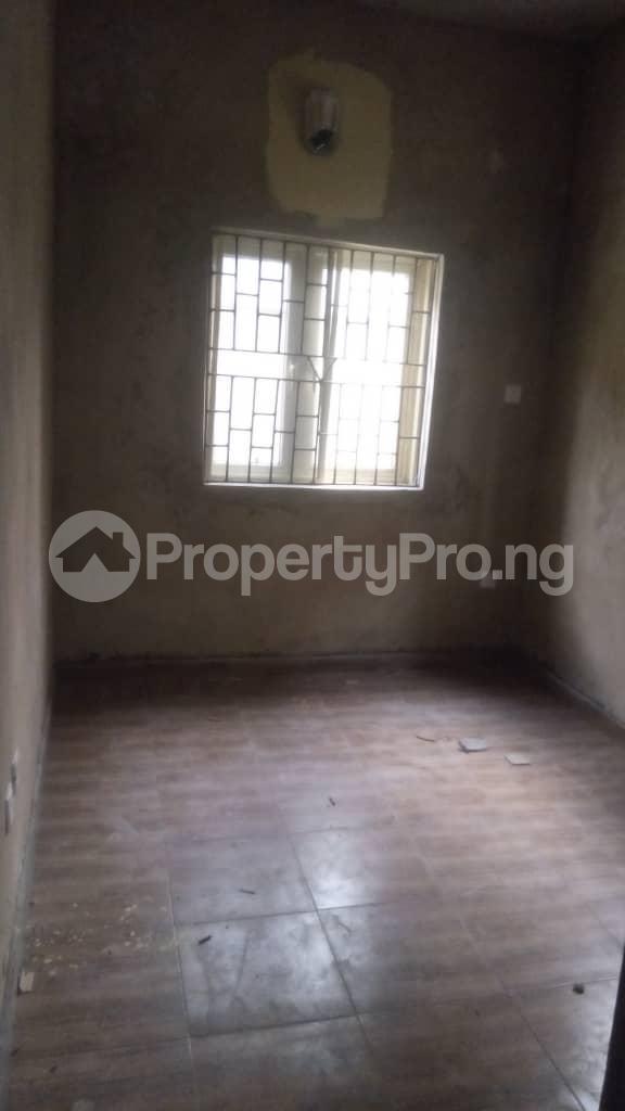 1 bedroom mini flat  Self Contain Flat / Apartment for rent Off ilaje road  Bariga Shomolu Lagos - 7