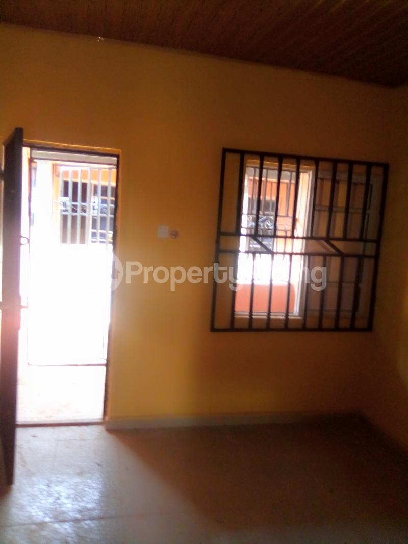 1 bedroom Self Contain for rent Opposite College Of Medicine, Ekpoma Esan West Edo - 5