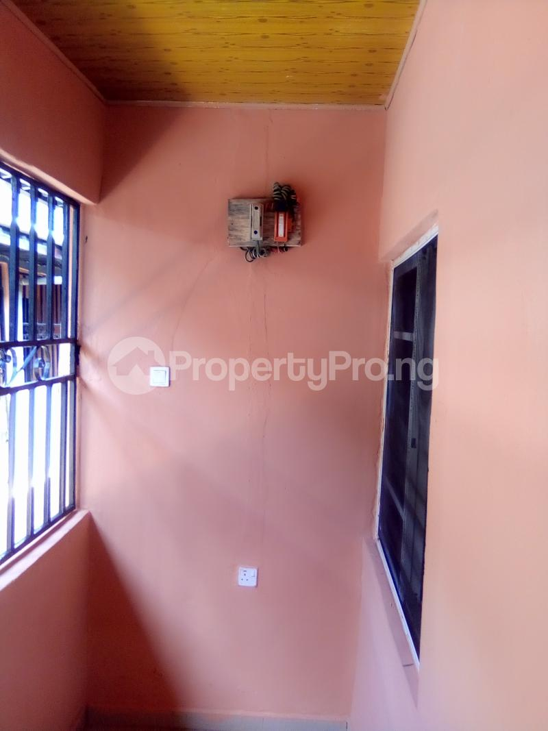 1 bedroom Self Contain for rent Opposite College Of Medicine, Ekpoma Esan West Edo - 4