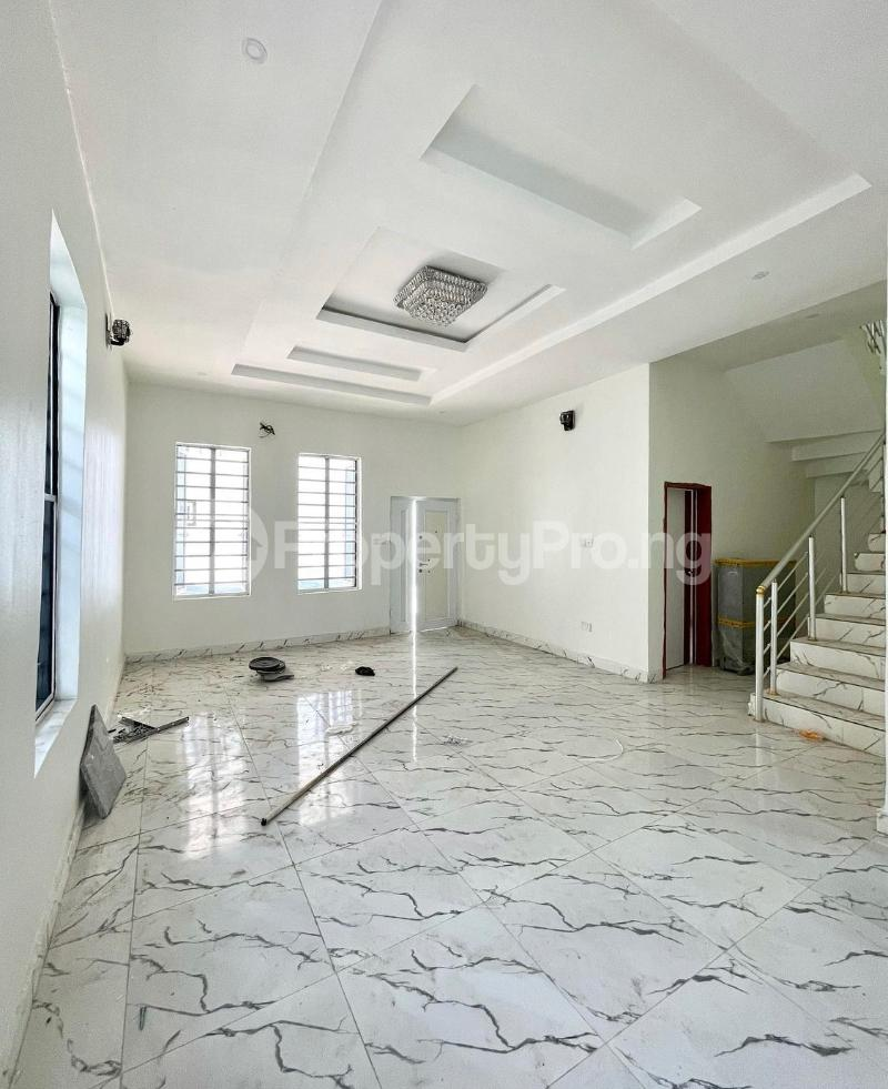 4 bedroom Terraced Duplex for sale 2nd Tollgate chevron Lekki Lagos - 11