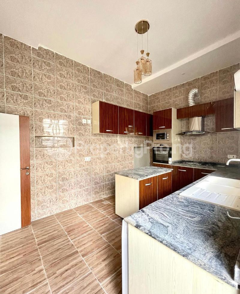 4 bedroom Terraced Duplex for sale 2nd Tollgate chevron Lekki Lagos - 4