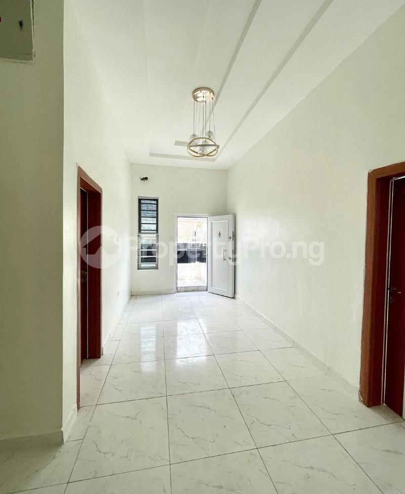 4 bedroom Terraced Duplex for sale 2nd Tollgate chevron Lekki Lagos - 6