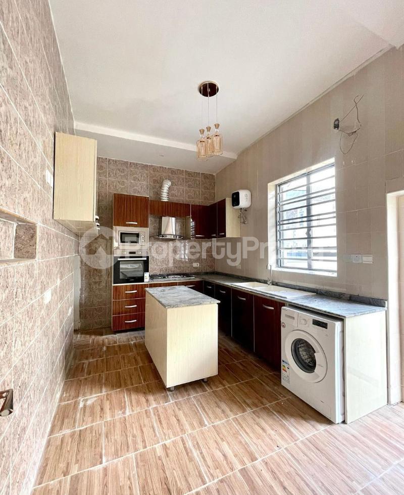 4 bedroom Terraced Duplex for sale 2nd Tollgate chevron Lekki Lagos - 2