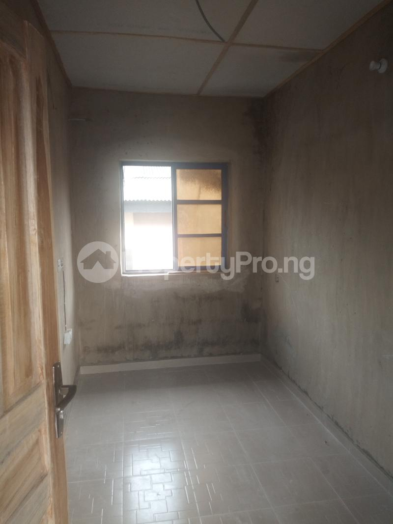 1 bedroom mini flat  Self Contain Flat / Apartment for rent By car wash bus stop, oworo Kosofe Kosofe/Ikosi Lagos - 3
