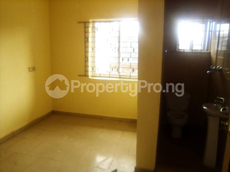 2 bedroom Flat / Apartment for rent Off fashoro mabo idi- Araba Surulere Lagos - 4