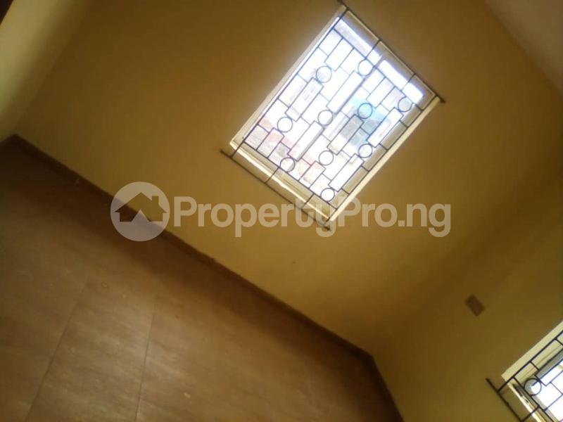 2 bedroom Flat / Apartment for rent Off fashoro mabo idi- Araba Surulere Lagos - 3