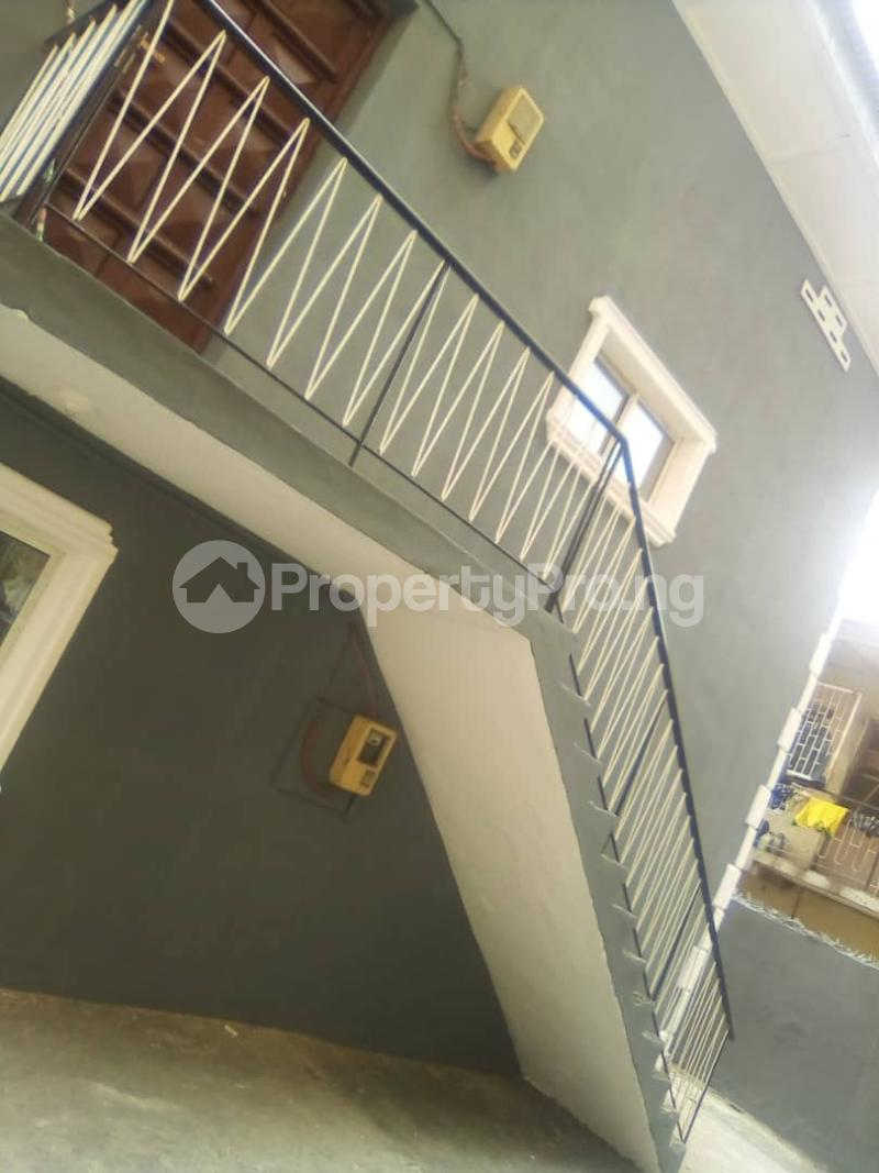 2 bedroom Flat / Apartment for rent Off fashoro mabo idi- Araba Surulere Lagos - 1