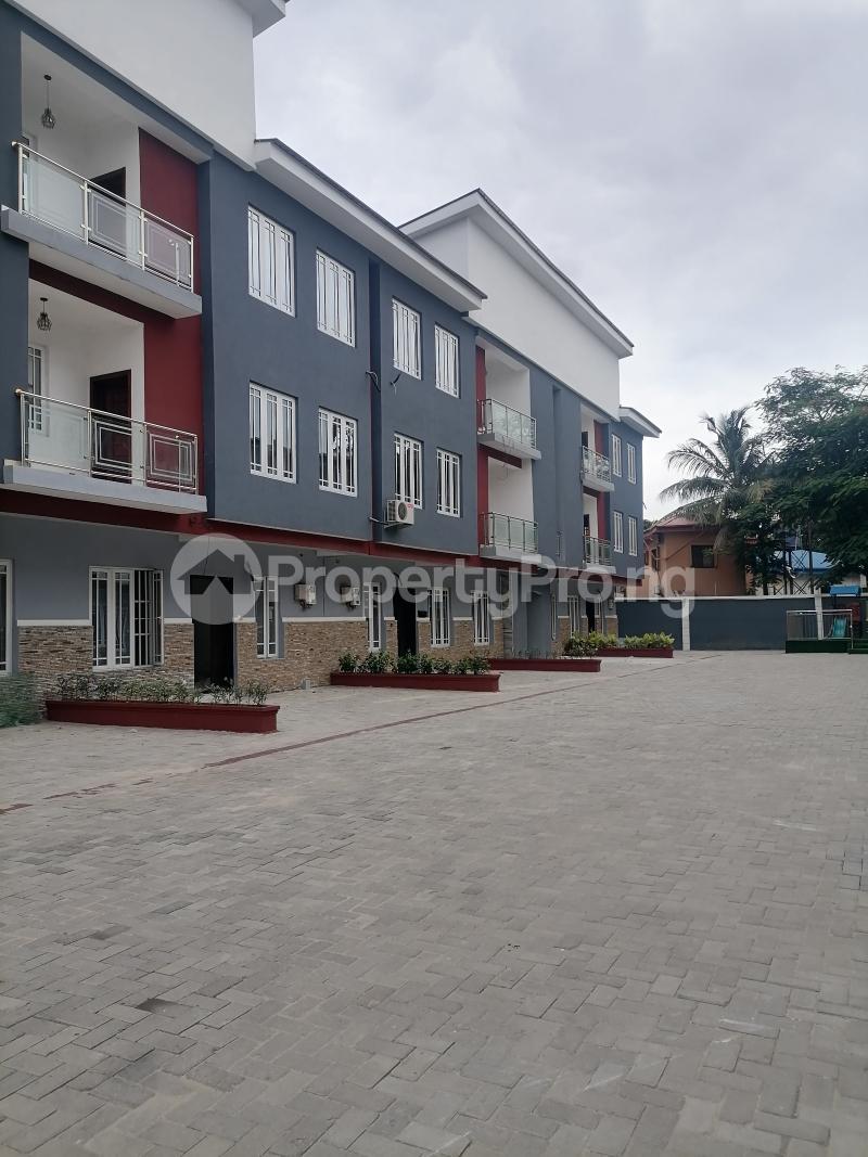 4 bedroom Flat / Apartment for sale Palmgrove Estate Ilupeju industrial estate Ilupeju Lagos - 0