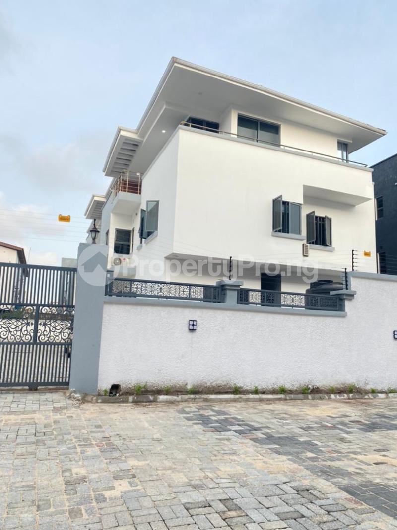 4 bedroom Semi Detached Duplex for sale Lekki Phase 1 Ikate Lekki Lagos - 1