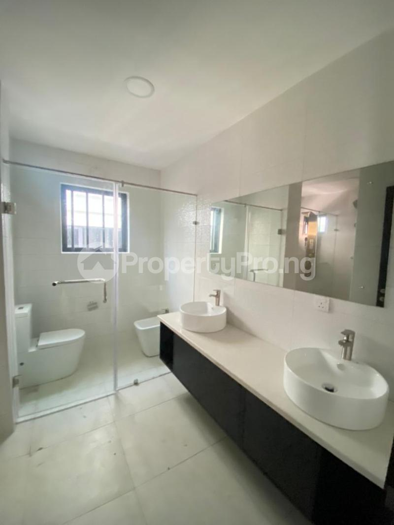 4 bedroom Semi Detached Duplex for sale Lekki Phase 1 Ikate Lekki Lagos - 13