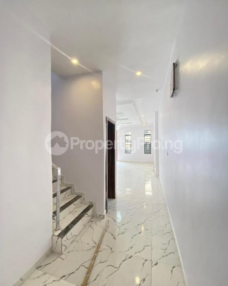4 bedroom Semi Detached Duplex for sale Lekki Phase 1 Ikate Lekki Lagos - 10