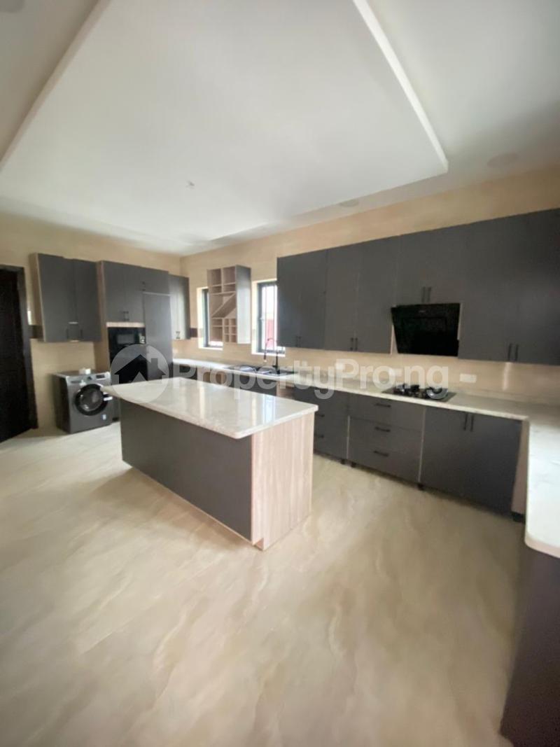 4 bedroom Semi Detached Duplex for sale Lekki Phase 1 Ikate Lekki Lagos - 11
