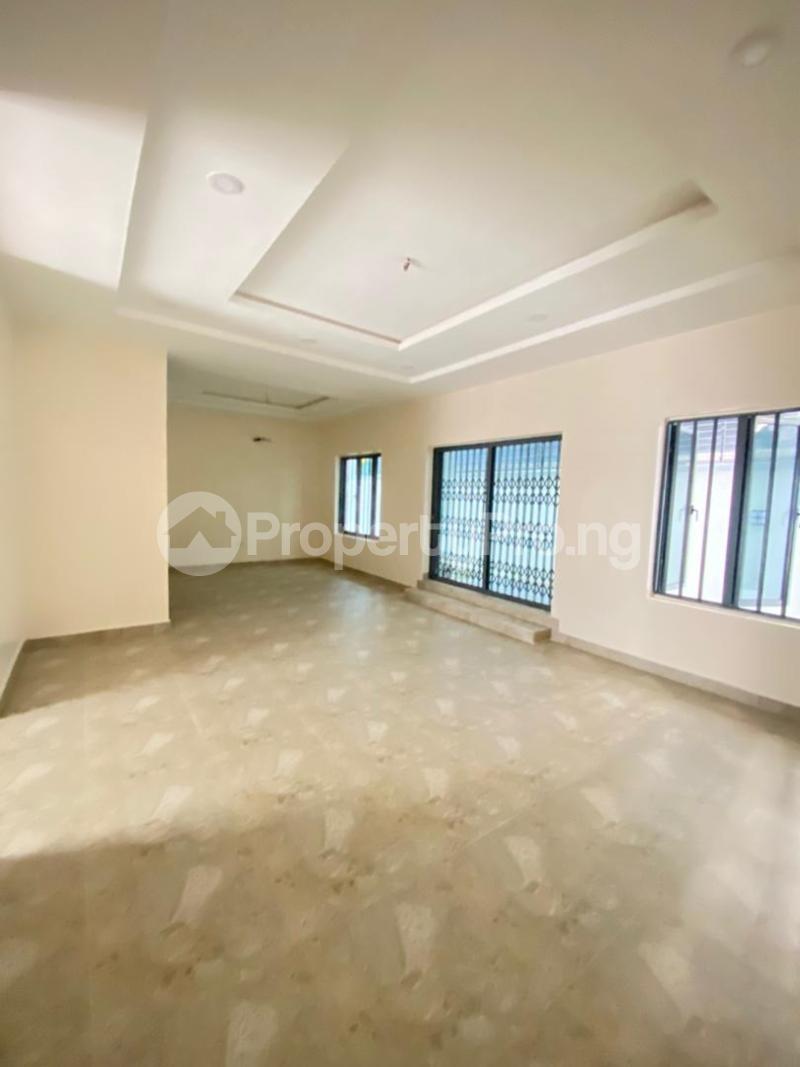 4 bedroom Semi Detached Duplex for sale Lekki Phase 1 Ikate Lekki Lagos - 3