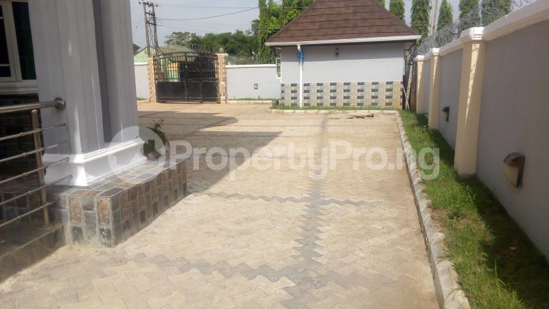 4 bedroom Semi Detached Duplex House for sale Behind Cenotaph Parade ground, GRA Asaba Delta - 2