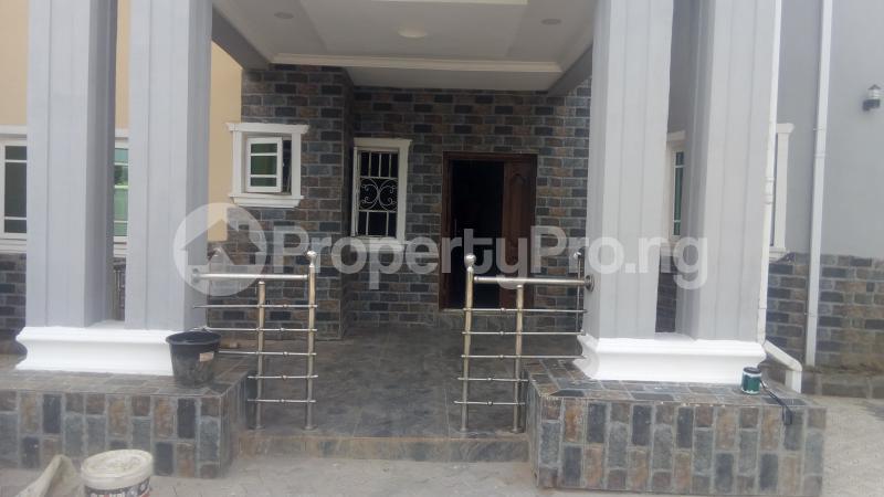 4 bedroom Semi Detached Duplex House for sale Behind Cenotaph Parade ground, GRA Asaba Delta - 6