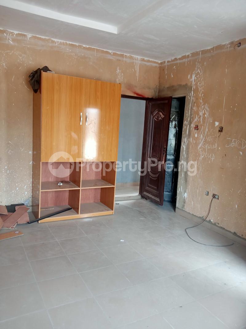 Self Contain Flat / Apartment for rent Oremeji street,ilaje, Bariga Bariga Shomolu Lagos - 11