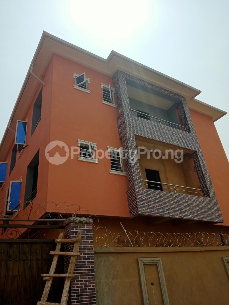 Self Contain Flat / Apartment for rent Oremeji street,ilaje, Bariga Bariga Shomolu Lagos - 8