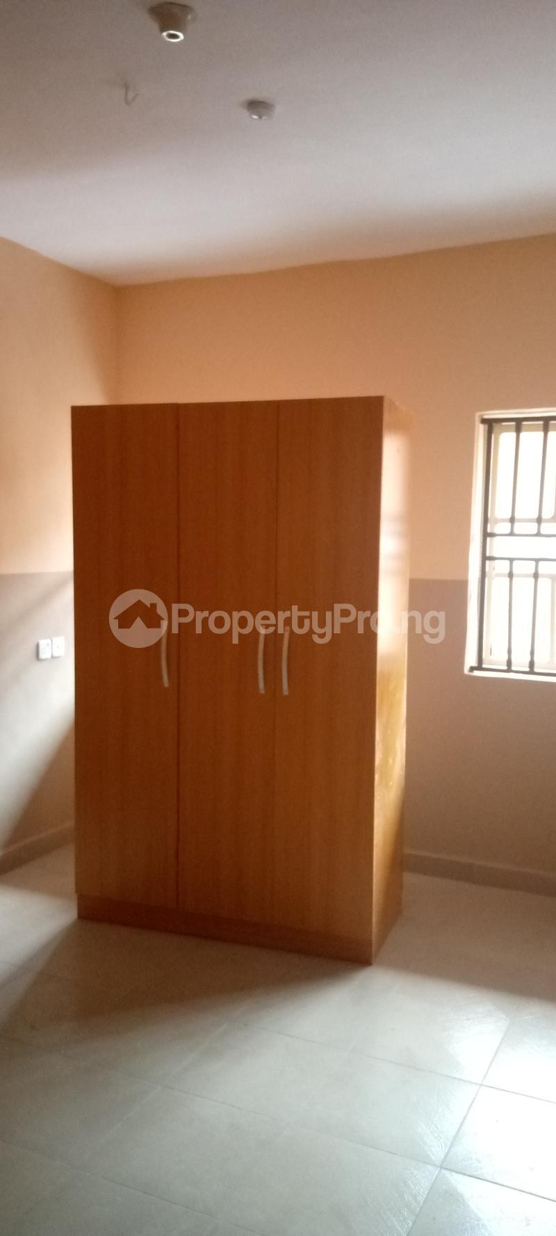 3 bedroom Blocks of Flats House for rent Basin area Ilorin Kwara - 3