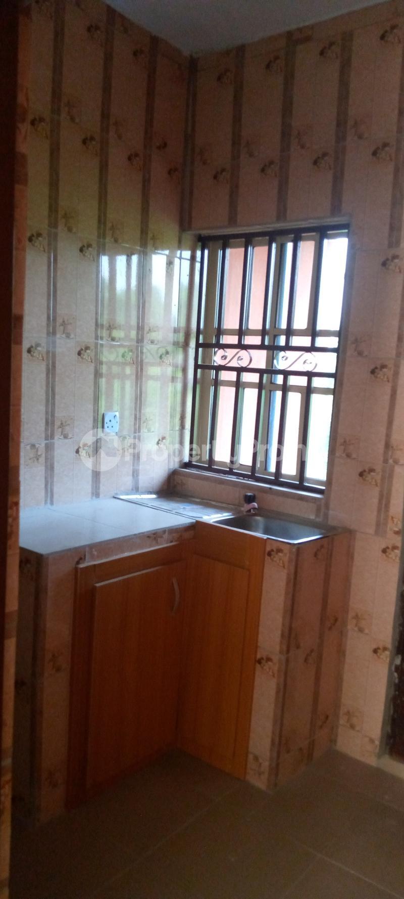 3 bedroom Blocks of Flats House for rent Basin area Ilorin Kwara - 7