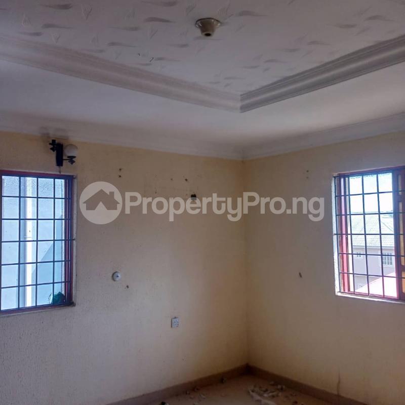 2 bedroom Flat / Apartment for rent Pedro Obanikoro Shomolu Lagos - 4