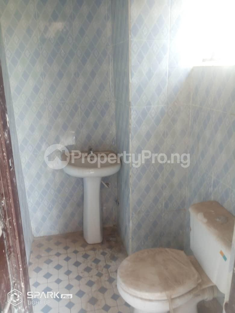2 bedroom Mini flat Flat / Apartment for rent Independence layout 2 Enugu Enugu - 3