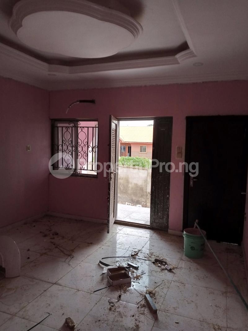 2 bedroom Blocks of Flats for rent Akingbade /old Ife Road/gbagi Mkt, Alakia Ibadan Oyo - 6