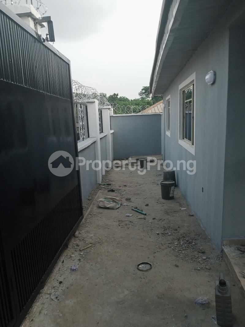 2 bedroom House for rent Kusela/idi Igbaro/oloogbo Ologuneru Ibadan Oyo - 0