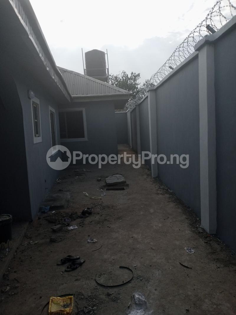 2 bedroom House for rent Kusela/idi Igbaro/oloogbo Ologuneru Ibadan Oyo - 8