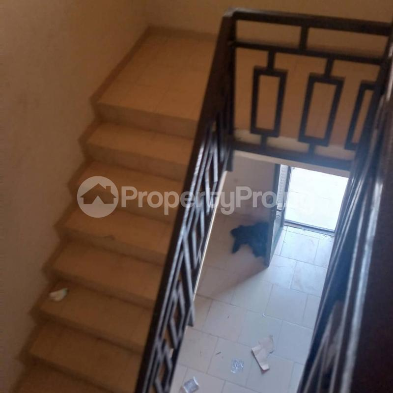 2 bedroom Flat / Apartment for rent Pedro Obanikoro Shomolu Lagos - 1