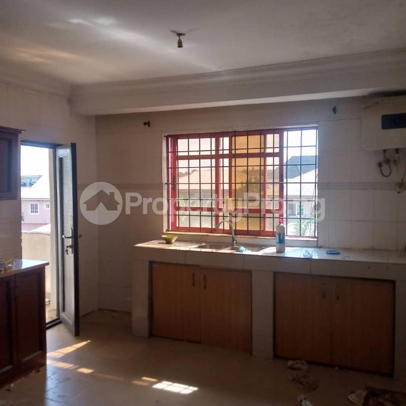 2 bedroom Flat / Apartment for rent Pedro Obanikoro Shomolu Lagos - 3