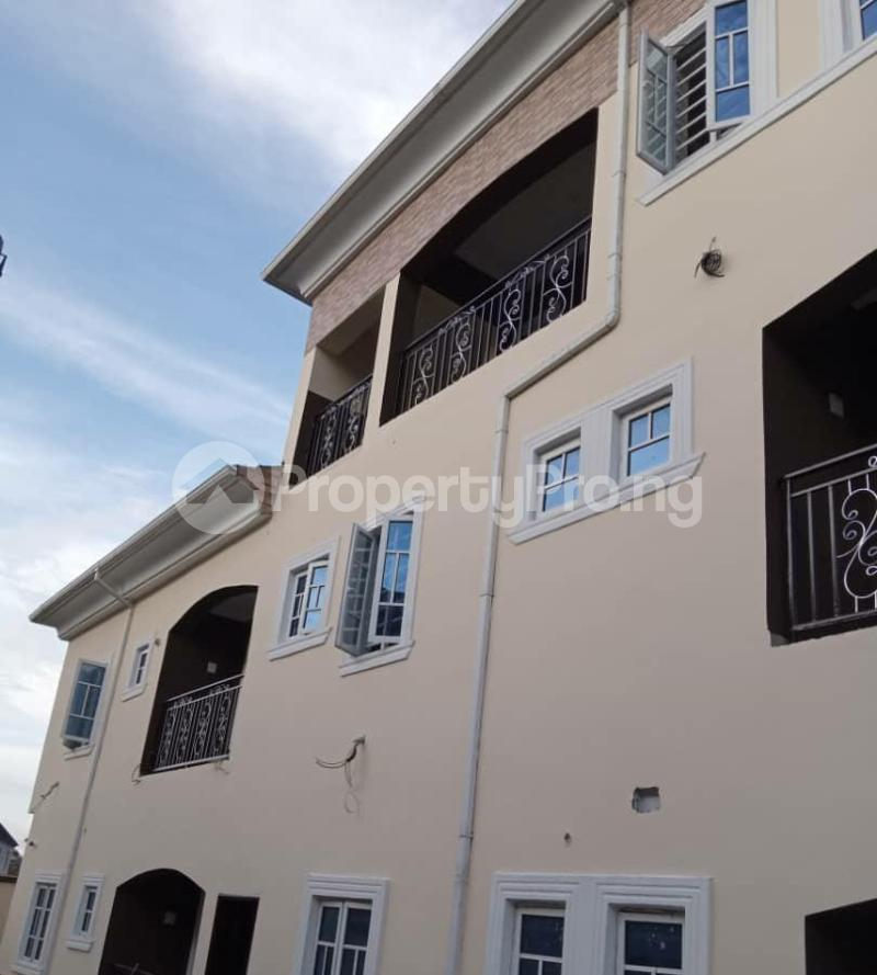 2 bedroom Blocks of Flats House for rent Greenville estate  Badore Ajah Lagos - 1