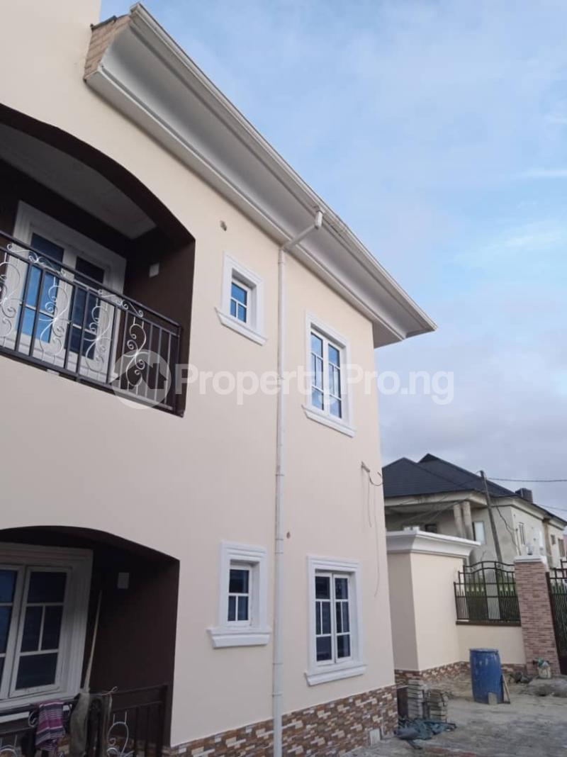 2 bedroom Blocks of Flats House for rent Greenville estate  Badore Ajah Lagos - 3